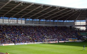 Grange End, Cardiff City Stadion. Bilde: Jon Candy
